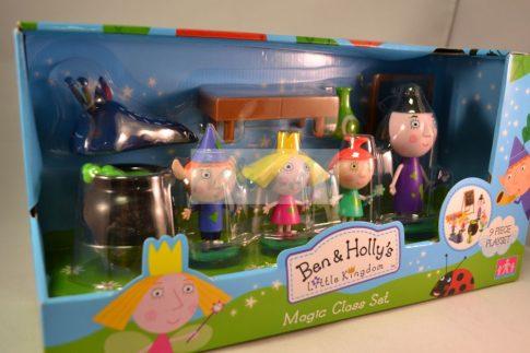 Manó Benő és Holly hercegnő Ben és Holly apró királysága mágikus figura készlet